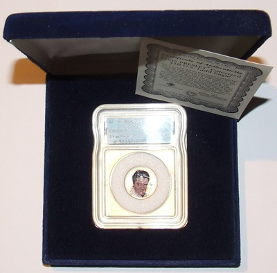 2002 Gold 1/4oz EAGLE - ELVIS Coloured